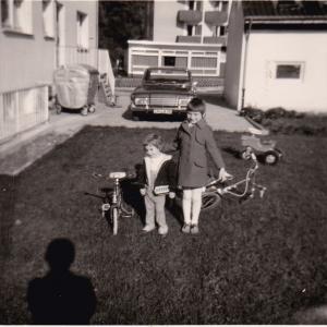 Ulrike Sprenger im Garten